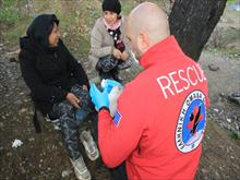 Hellenic Rescue Team gathers humanitarian aid for refugees